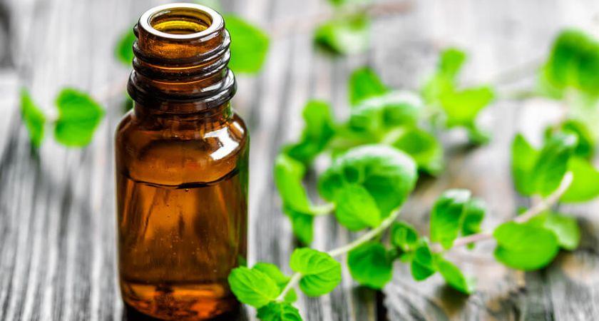 naturalios priemones blogas burnos kvapas